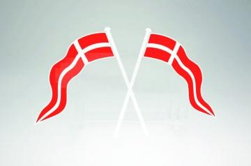 dannebrog-pa-kryds-2-styk-hvid-rod-til-l